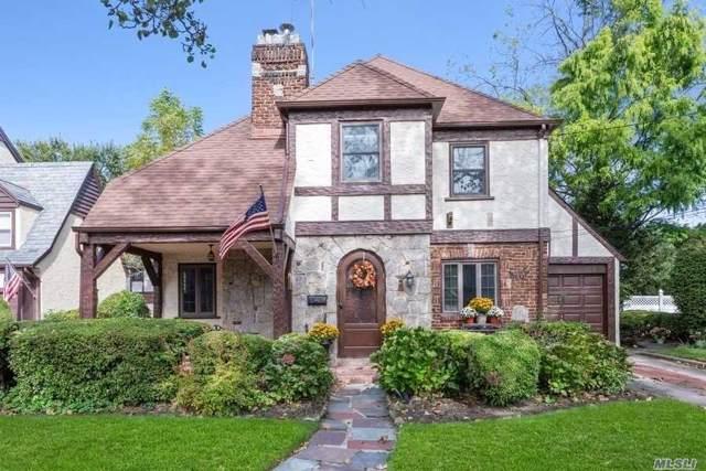 71 Cedar Rd, Malverne, NY 11565 (MLS #3172086) :: Kevin Kalyan Realty, Inc.