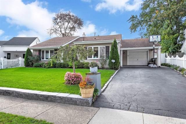 26 Southridge Dr, Glen Cove, NY 11542 (MLS #3173508) :: Signature Premier Properties
