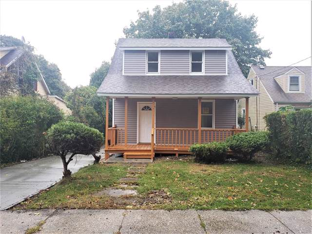 118 Columbia St, Huntington Sta, NY 11746 (MLS #3173586) :: Signature Premier Properties