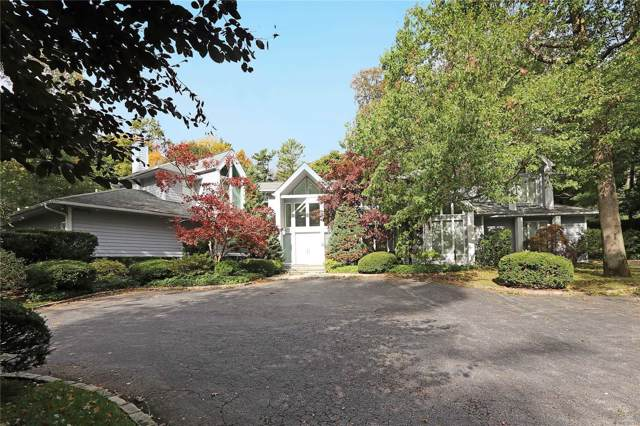 100 Woodhollow Ct, Muttontown, NY 11791 (MLS #3173602) :: Signature Premier Properties
