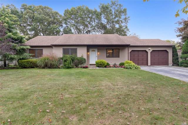 8 Lincoln Ave, Dix Hills, NY 11746 (MLS #3174215) :: Signature Premier Properties