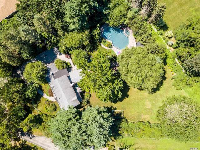 8 Mannetto Ct, Huntington, NY 11743 (MLS #3174671) :: Signature Premier Properties