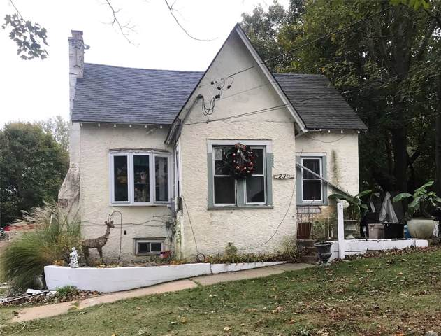 236 Evergreen Ave, Central Islip, NY 11722 (MLS #3175050) :: Signature Premier Properties