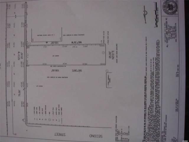 47 13th St, Locust Valley, NY 11560 (MLS #3178460) :: Signature Premier Properties