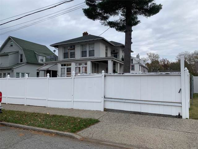 39-09 N Clearview Expy, Bayside, NY 11361 (MLS #3178835) :: Shares of New York
