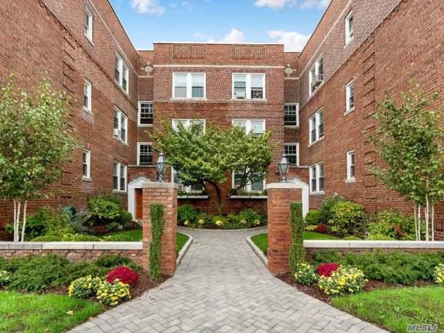 15 Gaynor Ave 1J, Manhasset, NY 11030 (MLS #3178849) :: Kevin Kalyan Realty, Inc.