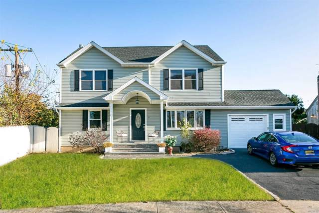 37 S Woodbine Dr, Hicksville, NY 11801 (MLS #3178975) :: Signature Premier Properties