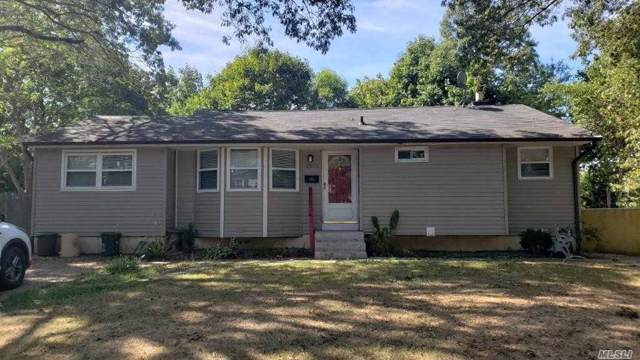 2810 John Roe Smith Ave, Medford, NY 11763 (MLS #3179643) :: Signature Premier Properties