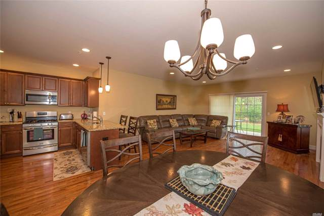 293 E Halley Dr, Blue Point, NY 11715 (MLS #3179679) :: Keller Williams Points North