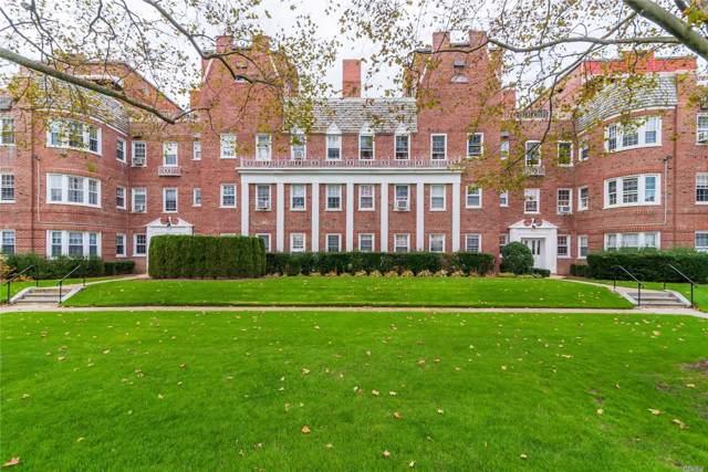106 S Village Avenue 2C, Rockville Centre, NY 11570 (MLS #3180000) :: Signature Premier Properties