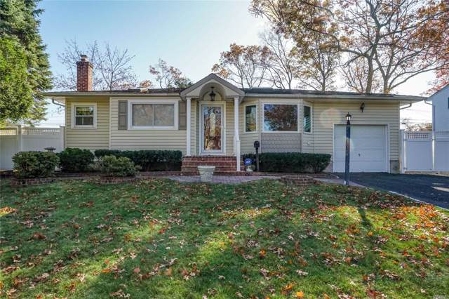28 Sherbrooke Dr, Smithtown, NY 11787 (MLS #3181024) :: Signature Premier Properties