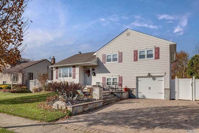 28 N Wisconsin Ave, Massapequa, NY 11758 (MLS #3181393) :: RE/MAX Edge
