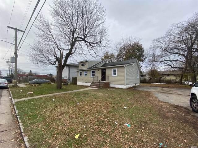 211 Brooklyn Ave, Westbury, NY 11590 (MLS #3181768) :: RE/MAX Edge