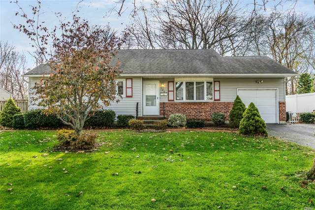 30 Royal Ln, Northport, NY 11768 (MLS #3183055) :: Signature Premier Properties