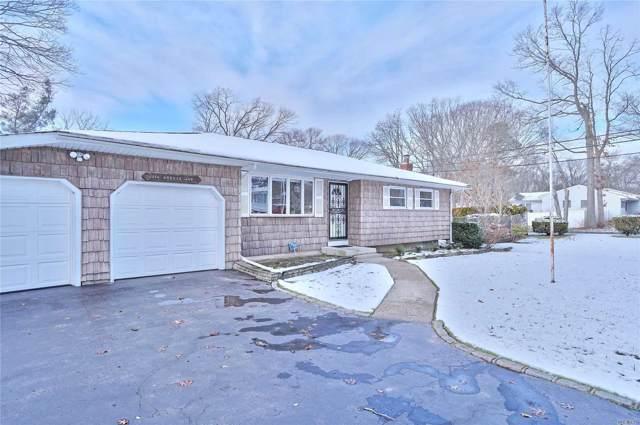 294 Breeze Ave, Lake Ronkonkoma, NY 11779 (MLS #3184119) :: Signature Premier Properties