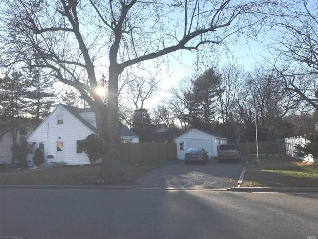 8 Queens St, Syosset, NY 11791 (MLS #3185059) :: Signature Premier Properties
