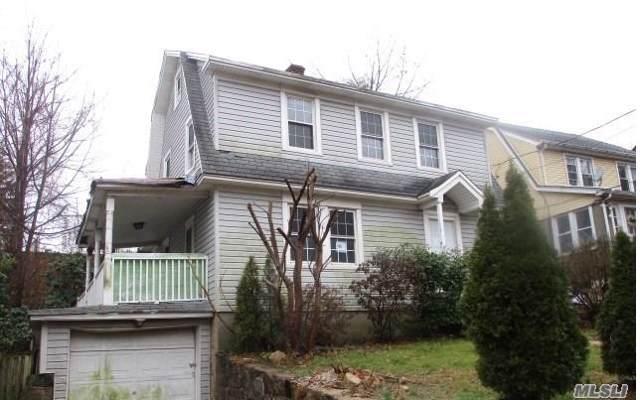 30 Ravine Ave, Glen Cove, NY 11542 (MLS #3186213) :: Signature Premier Properties