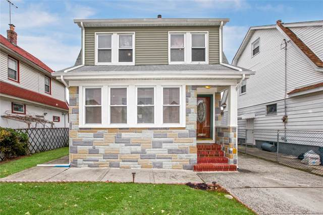 92-05 224th St, Queens Village, NY 11428 (MLS #3186293) :: RE/MAX Edge