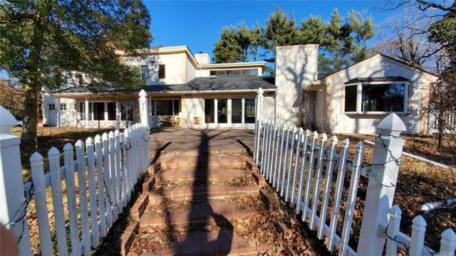 549 Woodbury Rd, Cold Spring Hrbr, NY 11724 (MLS #3188427) :: Signature Premier Properties
