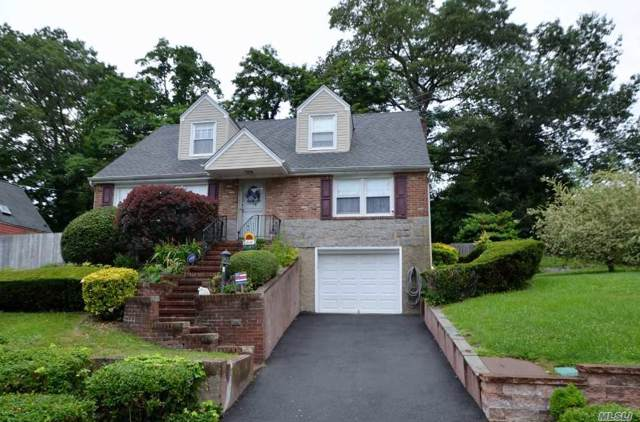 8 Woodland Ave, Glenwood Landing, NY 11547 (MLS #3191358) :: Signature Premier Properties