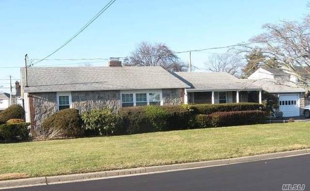 24 Northern Pkwy E., Plainview, NY 11803 (MLS #3192208) :: Signature Premier Properties