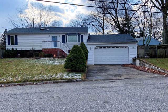 2302 Race Ave, Medford, NY 11763 (MLS #3192299) :: Signature Premier Properties