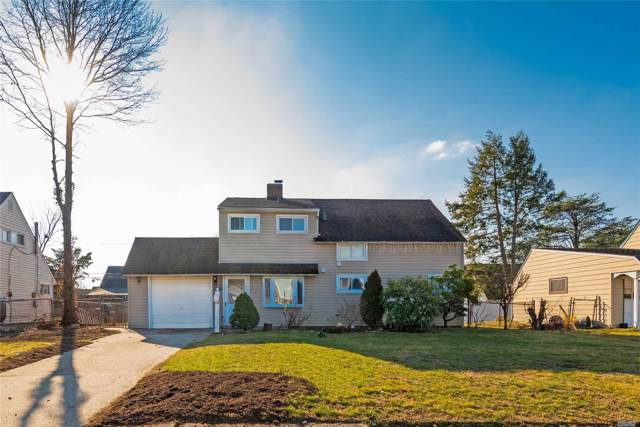 52 Friendly Rd, Hicksville, NY 11801 (MLS #3192331) :: Signature Premier Properties