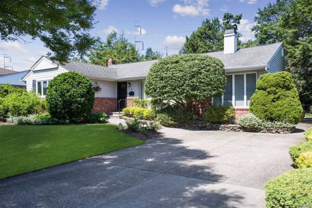 22 Edna Dr, Syosset, NY 11791 (MLS #3192502) :: Signature Premier Properties