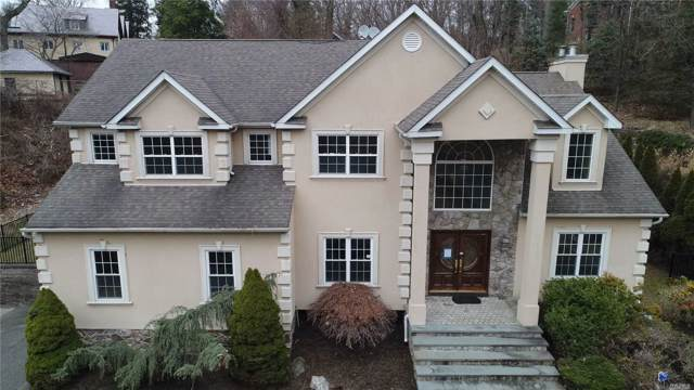 21 Saints Orchard Rd, Port Jefferson, NY 11777 (MLS #3192517) :: Keller Williams Points North