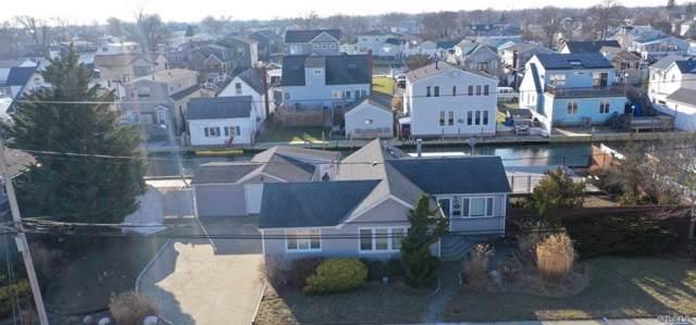 725 S 8th St, Lindenhurst, NY 11757 (MLS #3192849) :: Signature Premier Properties