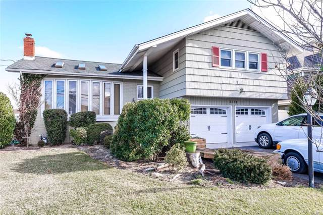 2831 Bay Dr, Merrick, NY 11566 (MLS #3193057) :: Signature Premier Properties