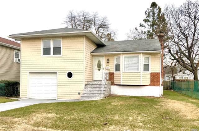 170 Elizabeth St, Westbury, NY 11590 (MLS #3194473) :: Signature Premier Properties