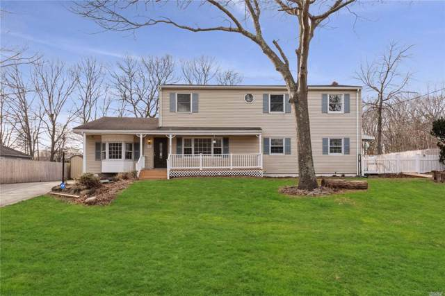 2 Danbury Ave, Patchogue, NY 11772 (MLS #3194964) :: HergGroup New York