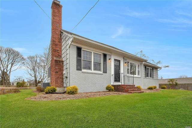 2 Spruce St, Smithtown, NY 11787 (MLS #3199438) :: Signature Premier Properties