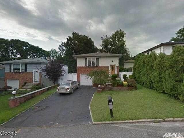 12 Talman Pl, Dix Hills, NY 11746 (MLS #3199441) :: Signature Premier Properties