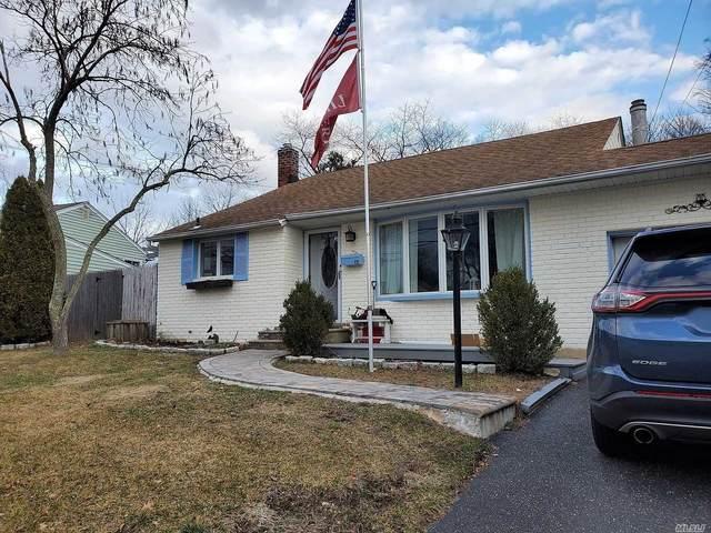 22 Oakley Dr, Huntington Sta, NY 11746 (MLS #3199862) :: Signature Premier Properties