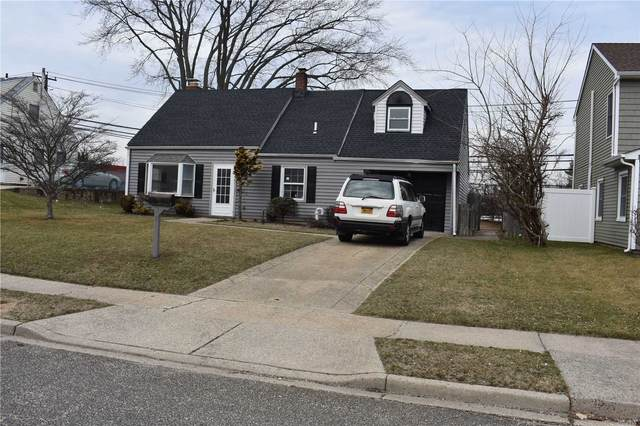 47 Green Ln, Levittown, NY 11756 (MLS #3200573) :: Signature Premier Properties