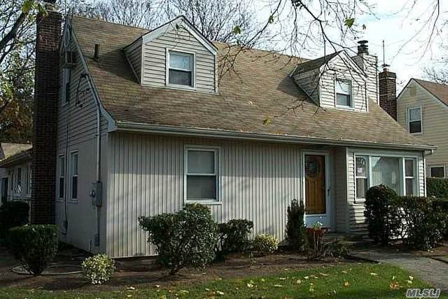400 Emerson Pl, Valley Stream, NY 11580 (MLS #3200998) :: RE/MAX Edge