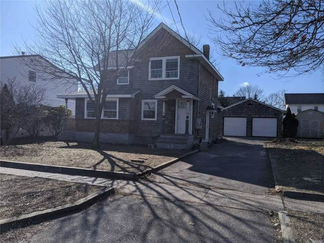 94 Penataquit Ave, Bay Shore, NY 11706 (MLS #3201506) :: Signature Premier Properties