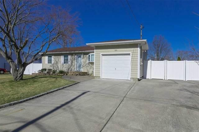 211 Ford St, Holbrook, NY 11741 (MLS #3201556) :: Denis Murphy Real Estate