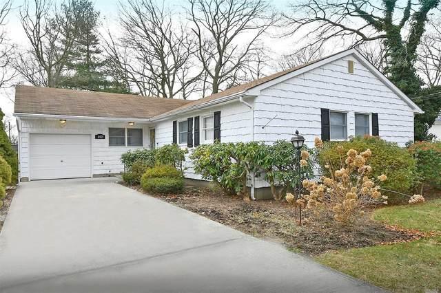 402 Lillian Blvd, Holbrook, NY 11741 (MLS #3201807) :: Denis Murphy Real Estate
