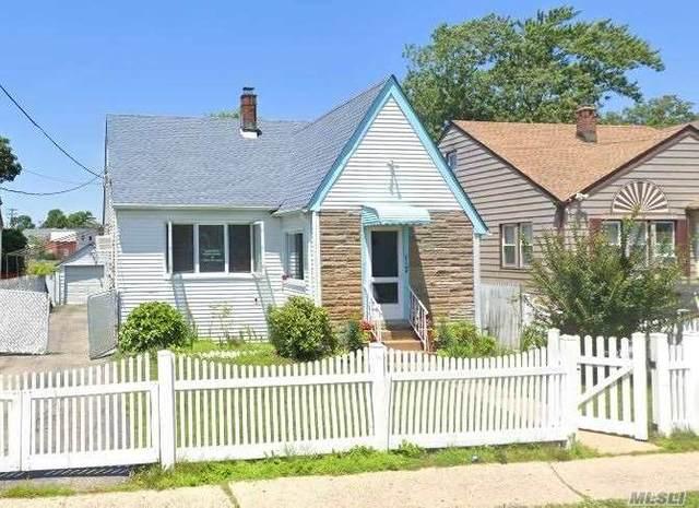 117 Stewart Ave, Hempstead, NY 11550 (MLS #3202059) :: Signature Premier Properties