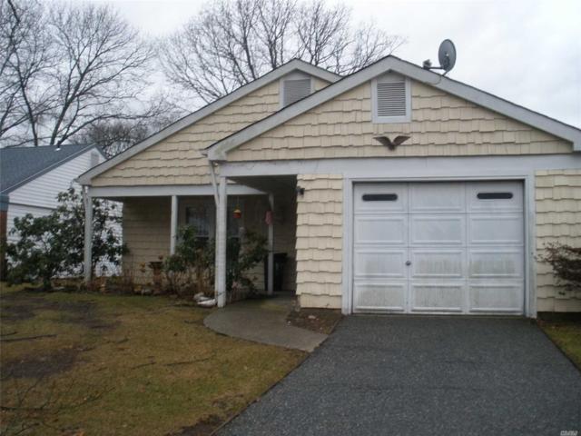 151 Edinburgh Dr, Ridge, NY 11961 (MLS #3004745) :: Netter Real Estate