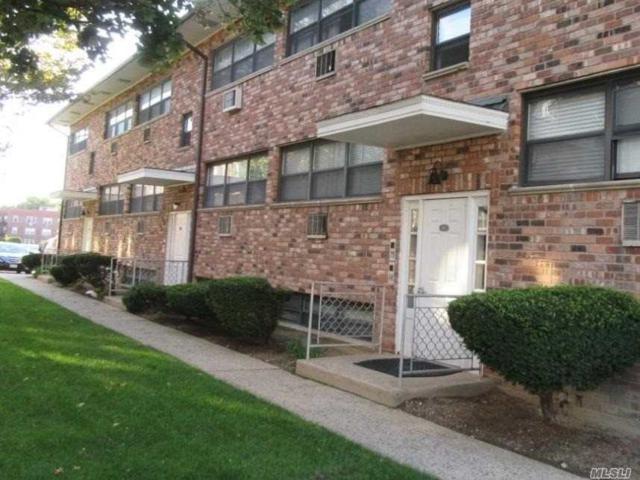 84 Lincoln Ave C-5, Rockville Centre, NY 11570 (MLS #3005597) :: Netter Real Estate
