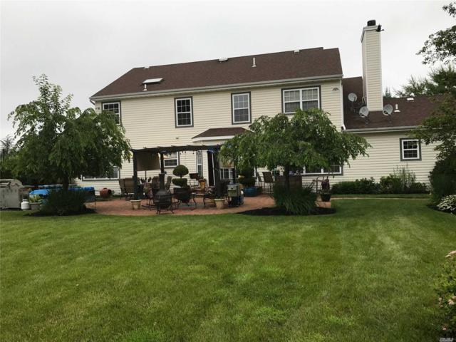 18 Timber Ridge Dr, Huntington, NY 11743 (MLS #3008520) :: The Lenard Team