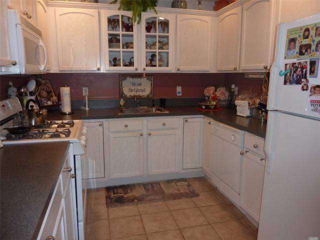 1159 Savoy, Melville, NY 11747 (MLS #3011508) :: Netter Real Estate