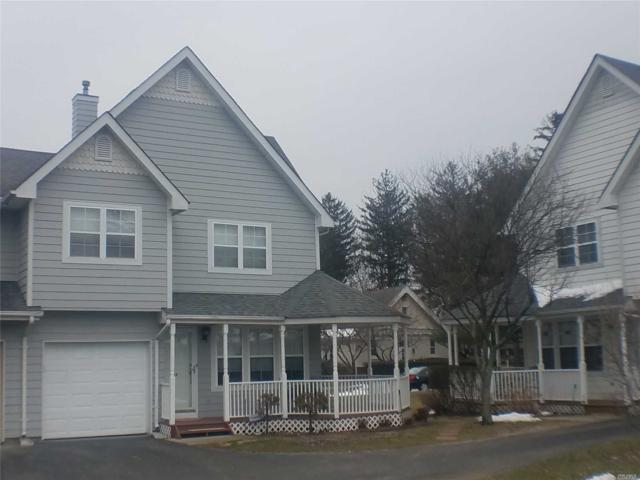 14 Clubhouse Cir, Central Islip, NY 11722 (MLS #3011630) :: Netter Real Estate