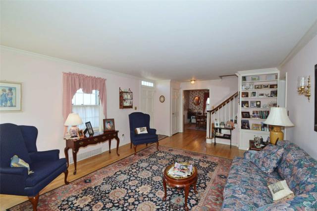 79 Little East Neck Rd, Babylon, NY 11702 (MLS #3012613) :: Netter Real Estate