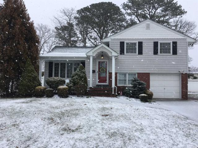 741 Tanglewood Rd, West Islip, NY 11795 (MLS #3013795) :: Netter Real Estate