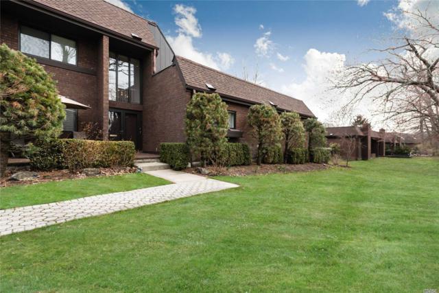 41 Fox Ridge, Roslyn, NY 11576 (MLS #3021010) :: Netter Real Estate